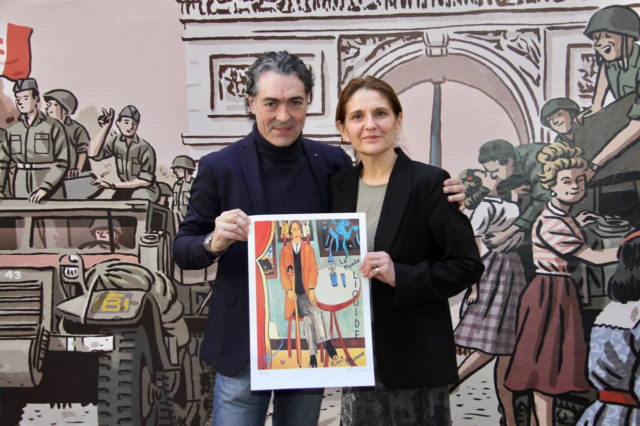 18. Exposición L' homme postmodern, conmemoración del 50 Aniversario del mayo del 68 por el Ministerio Exterior Francés. Camaró junto a la Directora del Instituto Francés Marie- Cécile Le Luec.