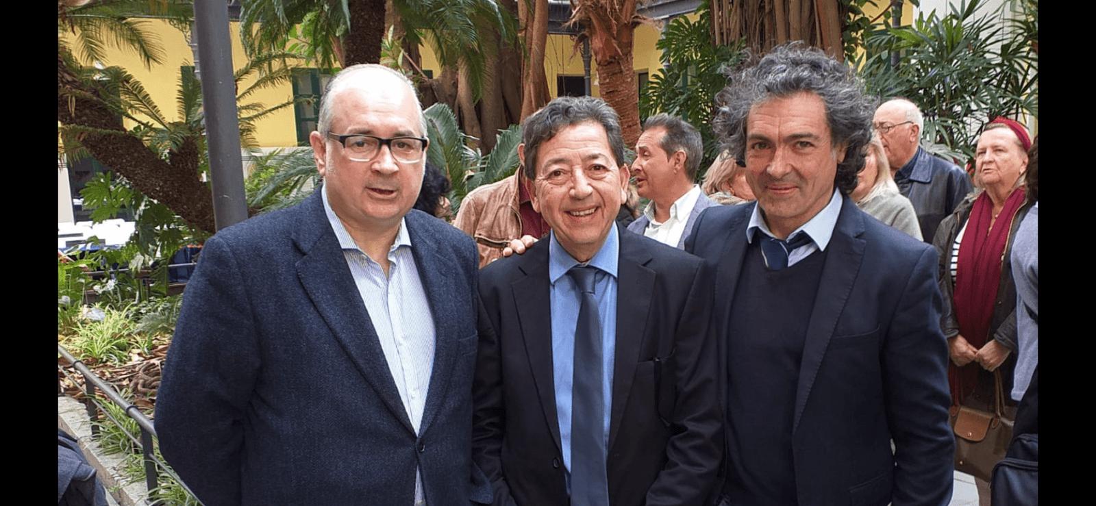 Camaró y L'homme postmoderne en la Universidad Internacional Menendez Pelayo de Valencia.